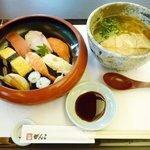 9304336 - 寿司定食(花)(うどん付・980円)