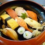 9304337 - お寿司