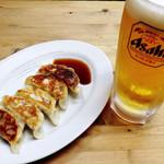 佐世保小淀 - 餃子とビール