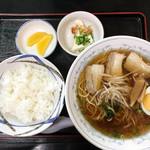 ゑびすや - ラーメン定食 620円