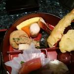 旬の味 ふる里 - 鯖塩焼きが隠れてました