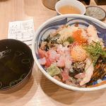 93045146 - ふじ丼(オリジナルの少々お下品な丼)850円