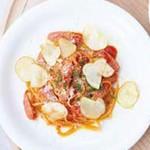 ソーセージとじゃがいものトマトパスタ