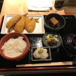 京ばし松輪 - アジフライ定食(1300円)