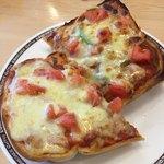 コメダ珈琲 - たっぷりたまごのピザトースト730円