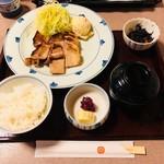 車屋 - 豚の味噌漬焼定食(1,100円)