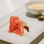 インカント - パルマ産18か月熟成生ハム トウモロコシの冷製スープ