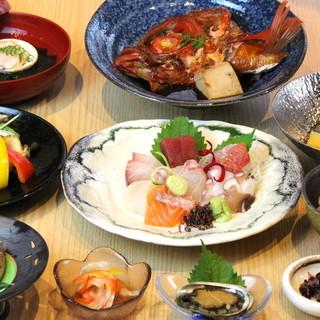 旨い魚、ここにあり!四季折々の旬魚をお得なコースでお届け。