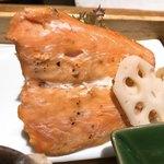 ヒトシナヤ - 鮭