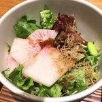 ヒトシナヤ - サラダ