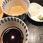 松玄 - 二種の蕎麦つゆ