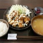 からあげ専門店 橘屋 - タルタル南蛮定食(750円)