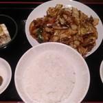 93073041 - 回鍋肉定食700円