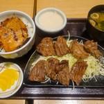 ぶたいち - 料理写真:炭火焼牛タン・豚丼ダブルセット