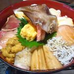 93075408 - 海女漁師二段仕込 スーパー海鮮丼