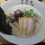 金田家 - 黒豚らーめん