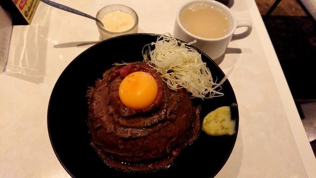 the肉丼の店 だいにんぐ 高田馬場店>