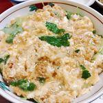 93087910 - こちらの名物かま定食♪甘目の味わい~鶏そぼろの親子丼♪