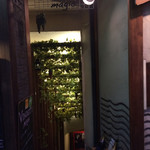 93090640 - ヴィノシティマジス地下への階段
