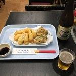 空港食堂 - オリオン瓶&おつまみセットのうちなー天ぷら