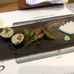 手打蕎麦 わくり - 昼蕎麦 1,700円 三点盛(そば寿司、茗荷、板わさ)
