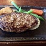 きらく - 料理写真:BIGハンバーグ1200円