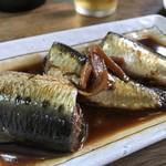 大衆食堂 山田屋 - 大きなマイワシ、1匹半の煮付け(2018.9.21)