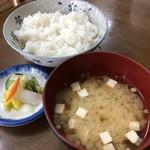 自由軒 - 五郎セット(かにクリームコロッケ・ホッケフライ)2/2