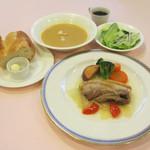 日替わりランチ(お肉料理かお魚料理選べます。)