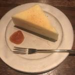 草枕 - チーズケーキと杏子ジャム