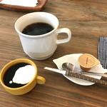 リエット カフェ - ランチのコーヒーとミニデザート2018.9.12撮影