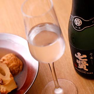 """料理との相性を大切に厳選した""""季節の日本酒""""は10種類!"""
