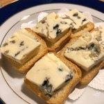 シェ コイワイ - ブルーチーズ