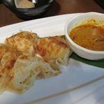 マレーカンポン - ロティーチャイナイ(軽食)350円。くせになる美味しさです。