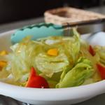 レストラン コンテッラ - サラダ