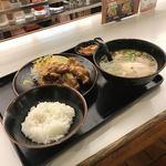 93132079 - 唐揚げ定食   お好きなラーメン変更                       ¥950