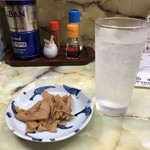 キンタ - おつまみメンマとレモンサワー