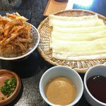 五代目 花山うどん - 花山御膳(冷たい鬼ひも川のざる二味,かきあげ小丼)