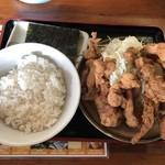 長浜ラーメン一番 - 料理写真:2018年9月22日  唐揚げ定食 1,098円