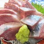 タカマル鮮魚店 - 天然ぶり