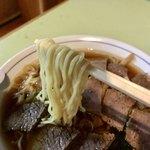 皿谷食堂 - 麺アップ