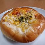杜のくまさん - コーンピザ(135円)