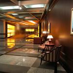 プレミアホテル-ツバキ- 札幌 - 広々として綺麗なホテルエントランス