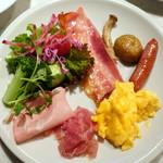 MORETHAN DINING - モーニングビュッフェ1,950円