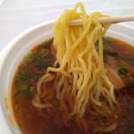 萬天龍 - 縮れ中太麺