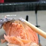 貴 - 厚みの有る、焼き鮭です。(^^)