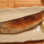 目黒 日本酒バル いと。 - 秋刀魚の塩焼き