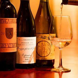 全国津々浦々!厳選された日本ワイン70種類!!