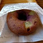 スワンズカフェ ジューススタンド - 焼きドーナツ むらさきいも(250円)