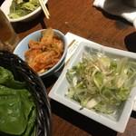 Kunsansouru - サムギョプサル付属の野菜など